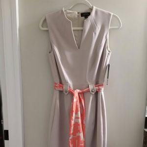 Tahari Sheath dress Size 2 - NWT